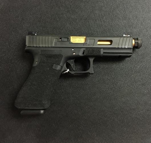 Salient Arms Glock 17 gen 3 Tier One Threaded Barrel
