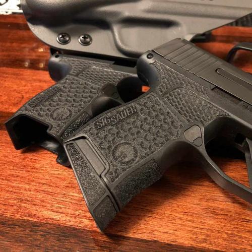 Gray Guns Enhanced SIG P365 Laser-Sculpted Grip Module