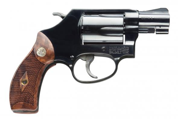 Smith & Wesson Model 36 Chiefs Special, Double Action, Small Frame, 38  Special, 1 875