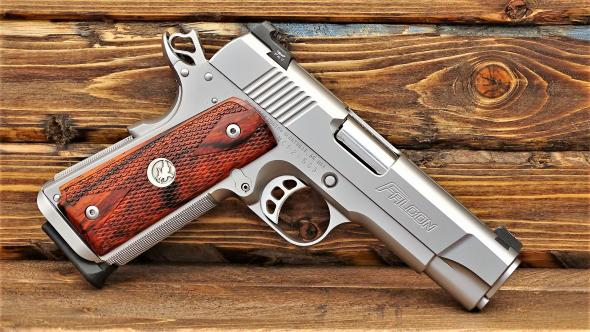 SMP OUTDOORS | NIGHTHAWK GRP DOUBLE STACK CMDR 9mm RMR